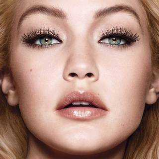 maybelline-mascara-pushup-drama-gigi-hadid-beautyimage-1x1