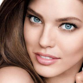 better-skin-concealer-foundation-emily-didonato-beautyimage-1x1